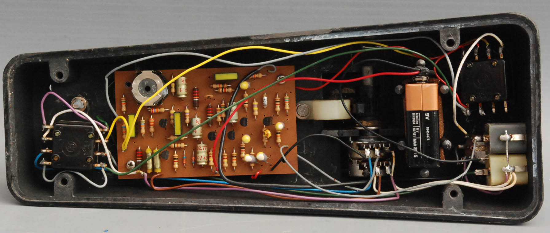 Spheremusic Bargain Or Auction Detail Fuzz Pedal Schematic Schaller Wha